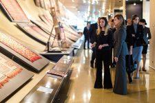 Зеленская показала стильный деловой образ в Азербайджане