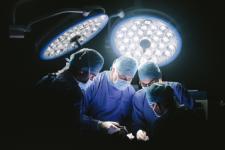 Чому дівчата після пластичної операції виглядають однаково: думка хірурга