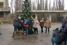 Впервые за 34 года в Припяти установили новогоднюю елку