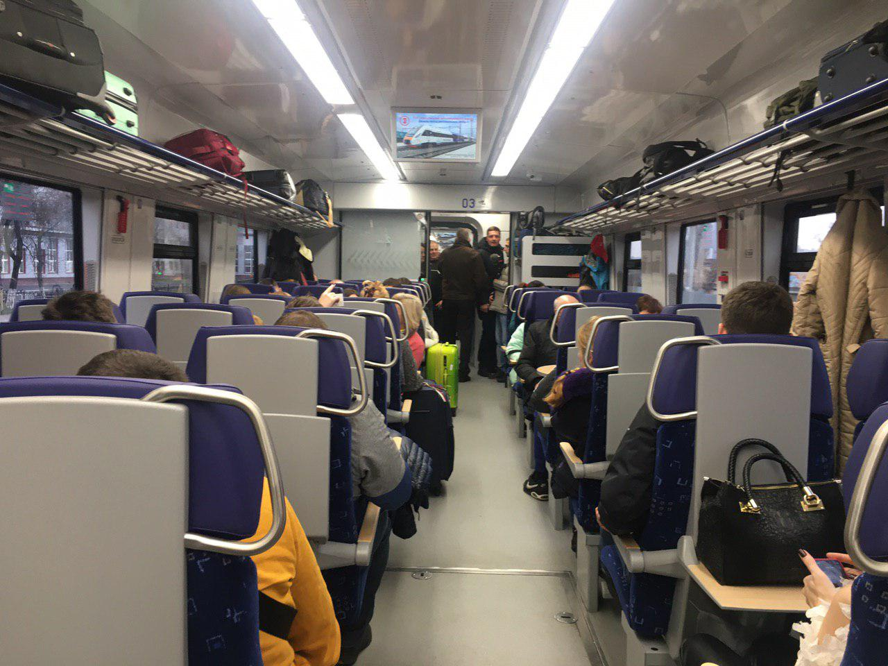 В аеропорт Бориспіль запустили новий дизель-поїзд