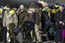 Як світ вітав Україну з поверненням полонених