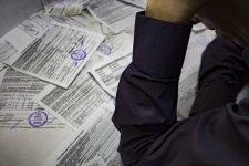 Комунальні рахунки киян потрапили в мережу: що сталося