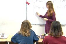 Не умеют конвертировать валюту и умножать: почему украинские ученики не знают математику