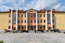 После 10 лет просьб родителей в Осовцах на Волыни открыли школу