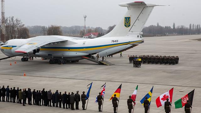 Катастрофа літака МАУ: в Україну повернули тіла загиблих (ОНЛАЙН)