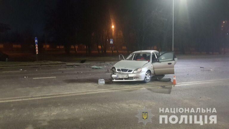 У Львові зіткнулися два легковика