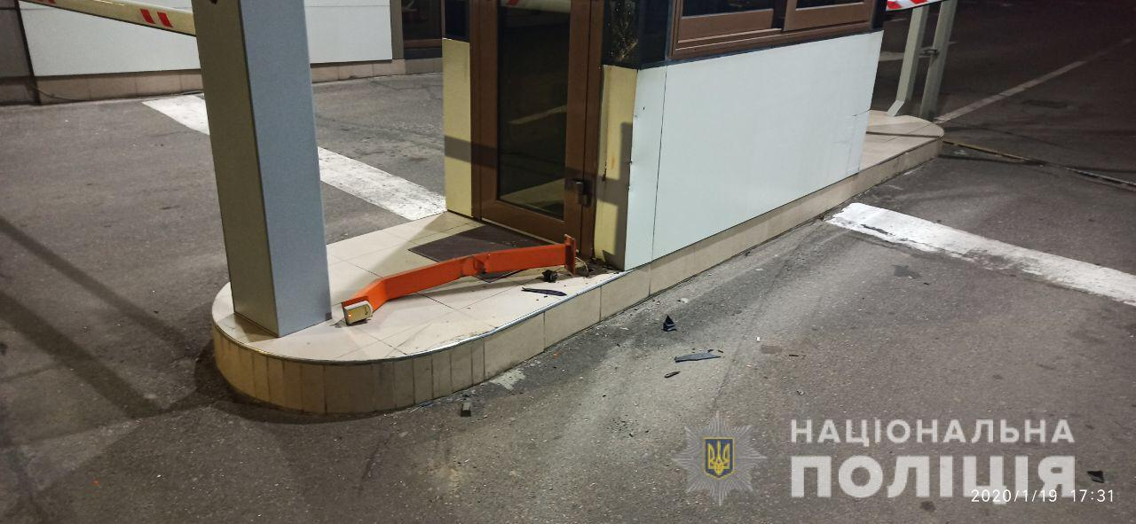 В Одесі п'яний поліцейський на Opel збив двох пішоходів