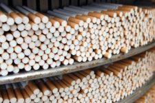 В Іспанії викрили підпільну тютюнову фабрику – серед затриманих українці