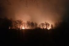 Масштабна пожежа в Івано-Франківську – біля  аеропорту горять поля