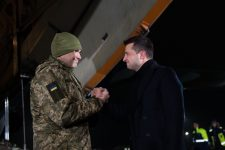 Звільненні українці з полону бойовиків: як живуть та чи отримали обіцяні 100 тис. грн від держави