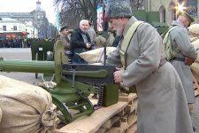 Ружья и пушки в центре Киева. Реконструкция боев УНР с большевиками