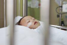 У Китаї коронавірус зафіксували у дворічної дитини – ЗМІ