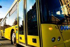 Водіям у транспорті заборонять слухати шансон – законопроект вже в Раді
