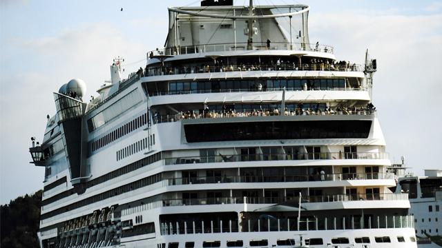Коронавирус на Diamond Princess: карантин на борту и что пишут о происходящем пассажиры