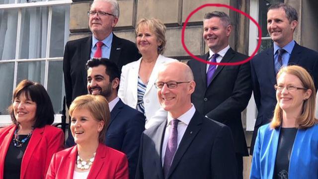 Міністр фінансів Шотландії Дерек Маккей подав у відставку