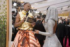 На Оскар и не только: топ-5 самых ярких нарядов Билли Портера