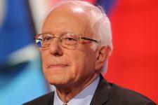 У демократов меняется лидер: Сандерс побеждает Байдена