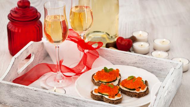 Що приготувати на романтичну вечерю до Дня Святого Валентина 2020