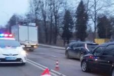 Во Львове коммунальщика переехали два автомобиля – женщина скончалась на месте