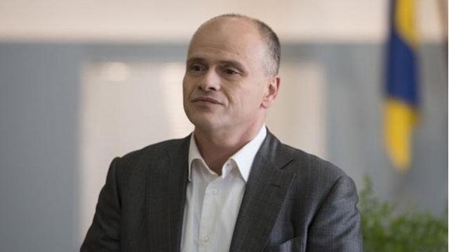 Радуцький бореться за виробництво препаратів крові в Україні - журналіст