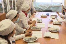 Мінімальні зарплати та величезне навантаження: в Україні бракує медсестер