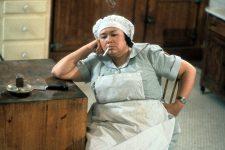 Померла актриса з серіалу Сабріна – маленька відьма Келлі Накахара