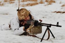 Противник пішов у наступ на Донбасі: ЗСУ зазнали втрат, бій триває