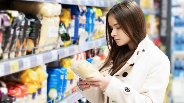 Пшениця і соняшникова олія: Україна розширила список заборонених для ввезення з РФ товарів