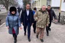 Не паниковать! Глава Полтавской ОГА Синегубов приехал в Новые Санжары