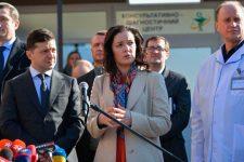 Скалецька та Зеленський проінспектували ремонт лікарні в Борисполі