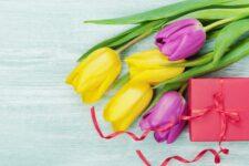 Найкращі привітання з 8 березня в картинках