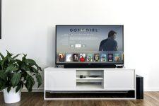 Де в Україні можна легально дивитися фільми і серіали онлайн: список і ціни