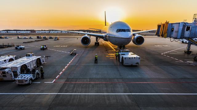 Немає більше аеропорту Дніпропетровськ, є Днiпро – Криклій