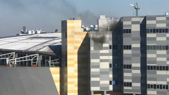 Пожежа в Києві: горить ТРЦ River Mall