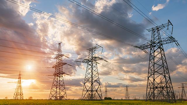 [:ua]Промисловість під ударом: чим загрожує підвищення тарифів на електроенергію[:ru]Промышленность под ударом: чем грозит повышение тарифов на электроэнергию[:]