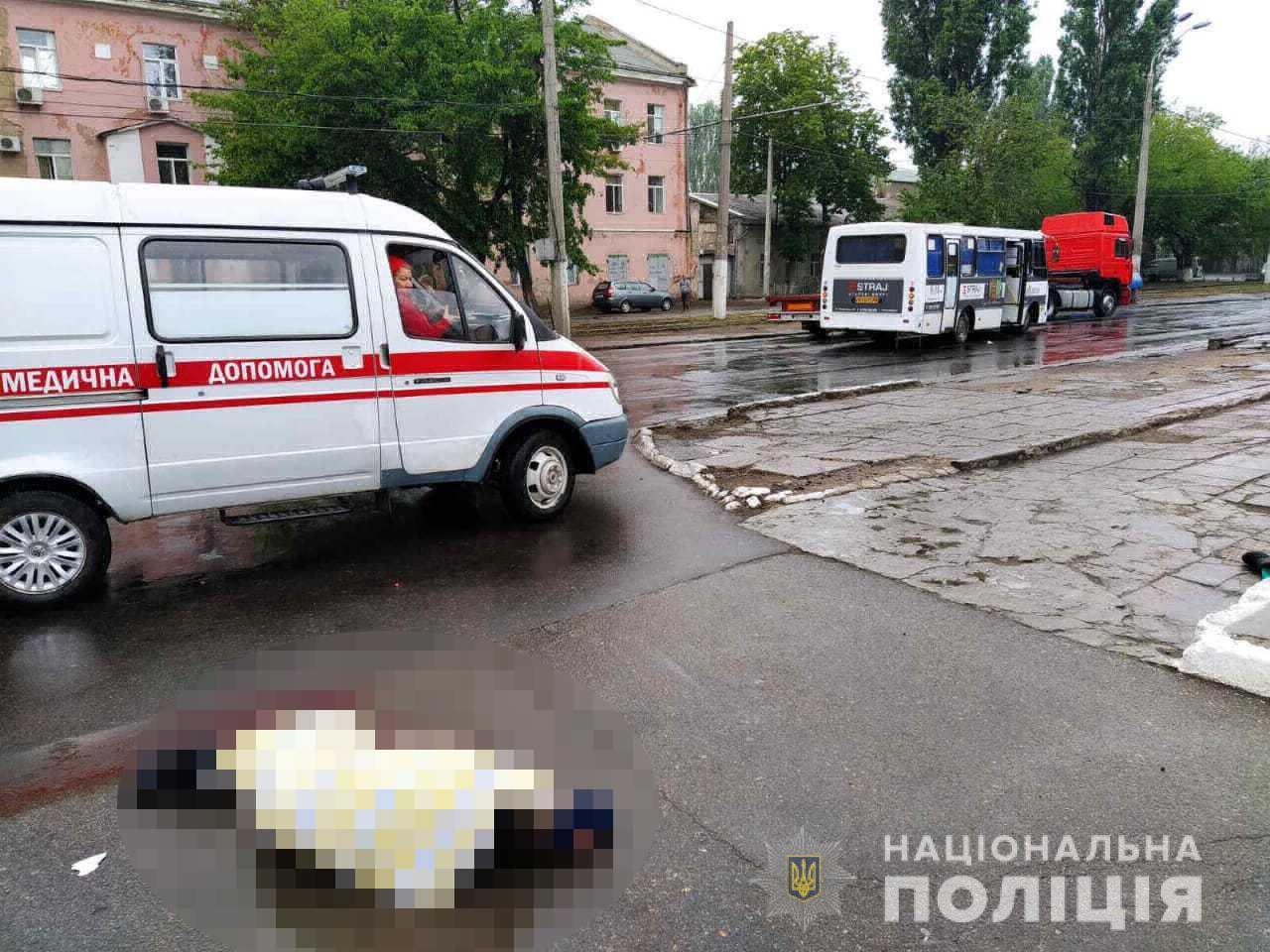 В Одесі маршрутка на смерть збила чоловіка на пішохідному переході