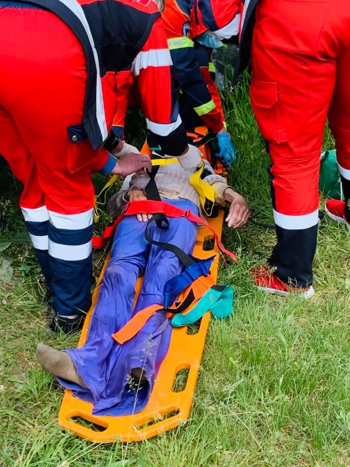 У Кропивницьку жінка впала у люк і пролежала там три дні