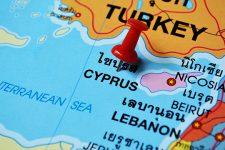 Кипр открывает границы для украинцев с 1 апреля