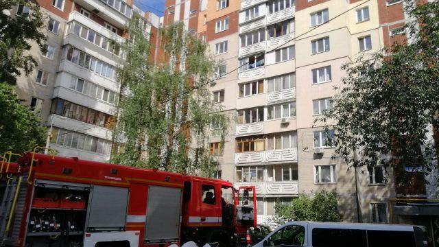 У Києві на проспекті Свободи спалахнула квартира