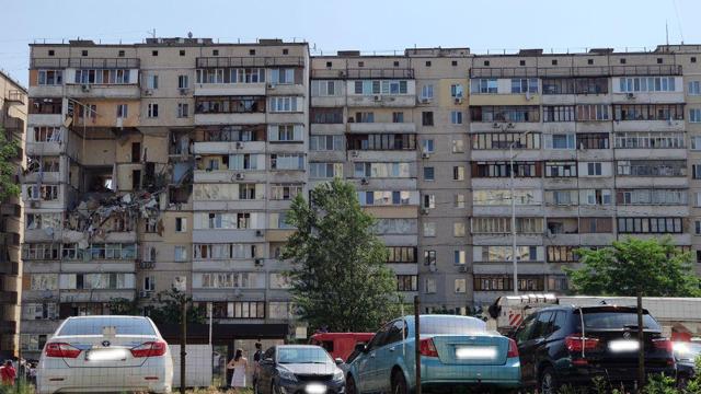 Син йшов краєм обваленого перекриття: як рятувалися люди після вибуху будинку в Києві