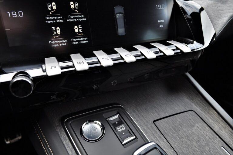 Тест-драйв Peugeot 508: кохання з першого погляду