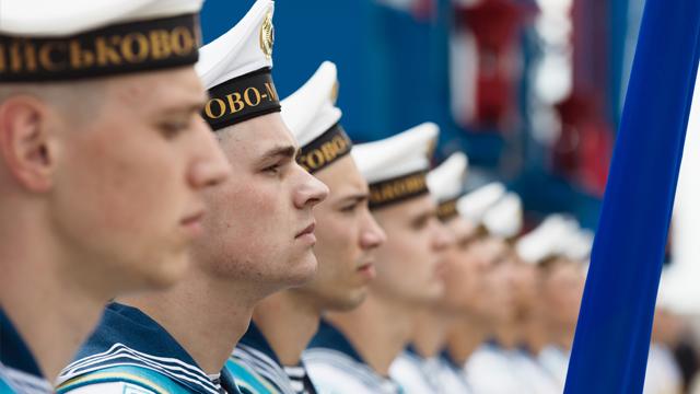Підбурював моряків під час окупації Криму: контрадміралу ВМС РФ повідомили про підозру