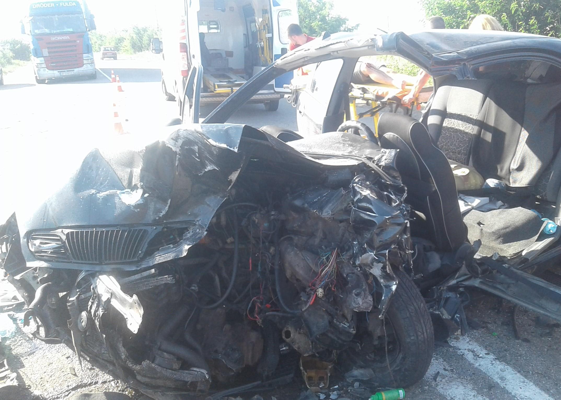 В Запорожской области столкнулись автомобили