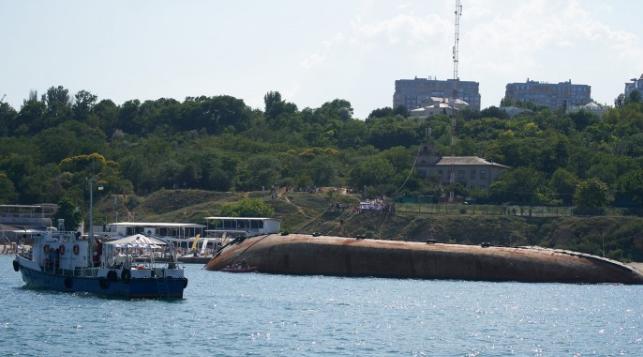 танкер Delfi