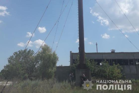 На Одещині тіло підлітка виявили у 20-метровій трубі шкільної котельні