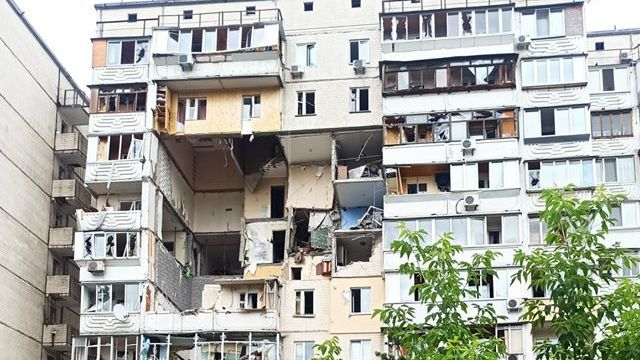 Вибух на Позняках: яка нині ситуація з будинком та де мешкають постраждалі