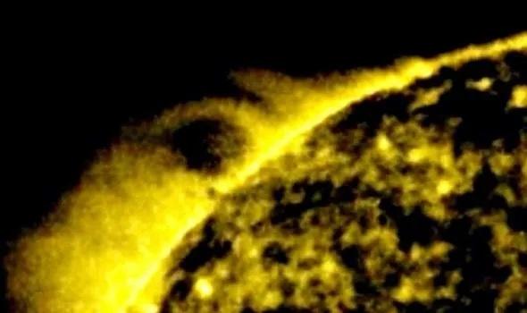 НЛО на знімку NASA: біля Сонця виявили сферу в 25 разів більшу за Землю