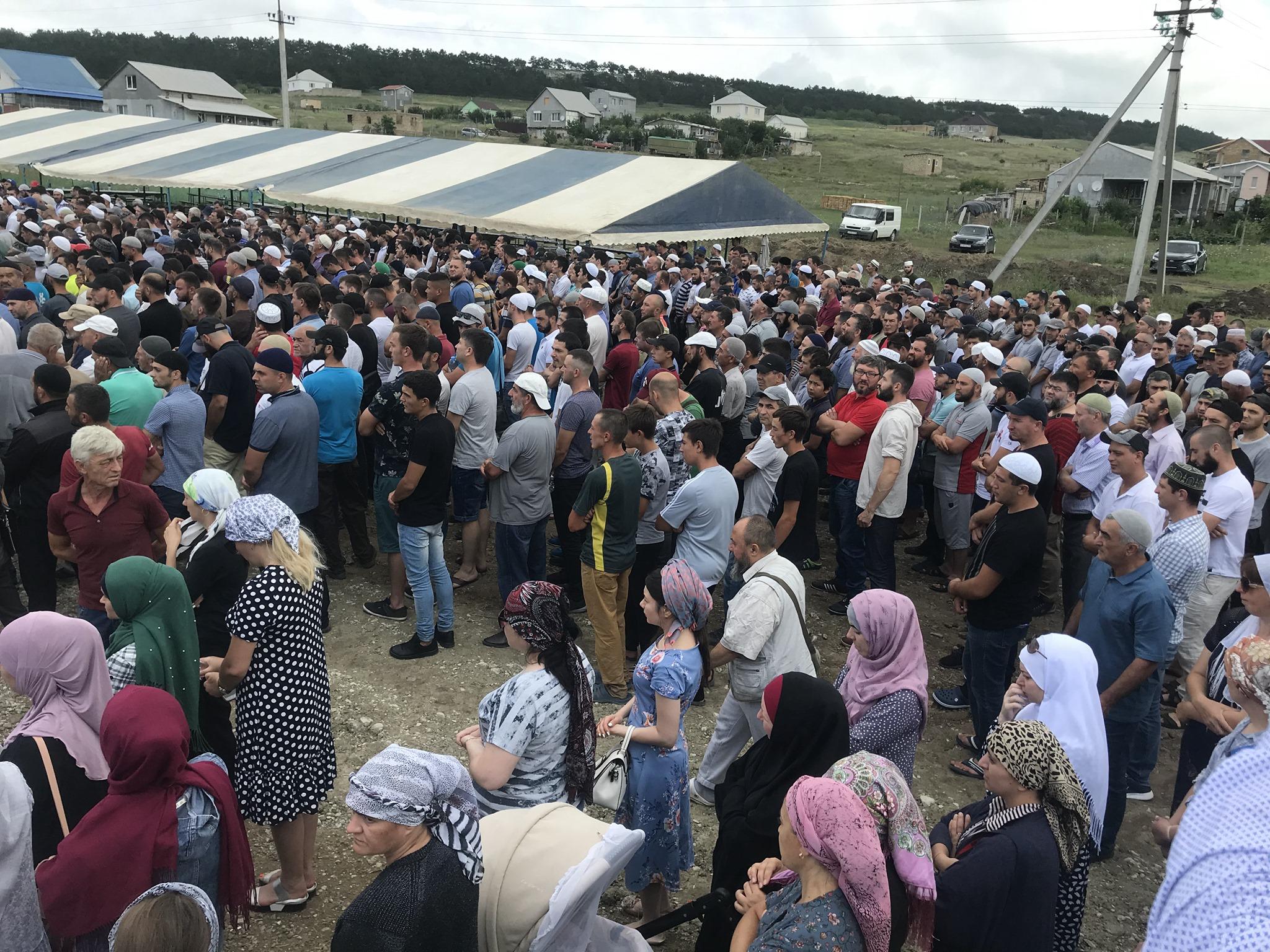 Похорон Муси Сулейманова: у Криму ховають дитину