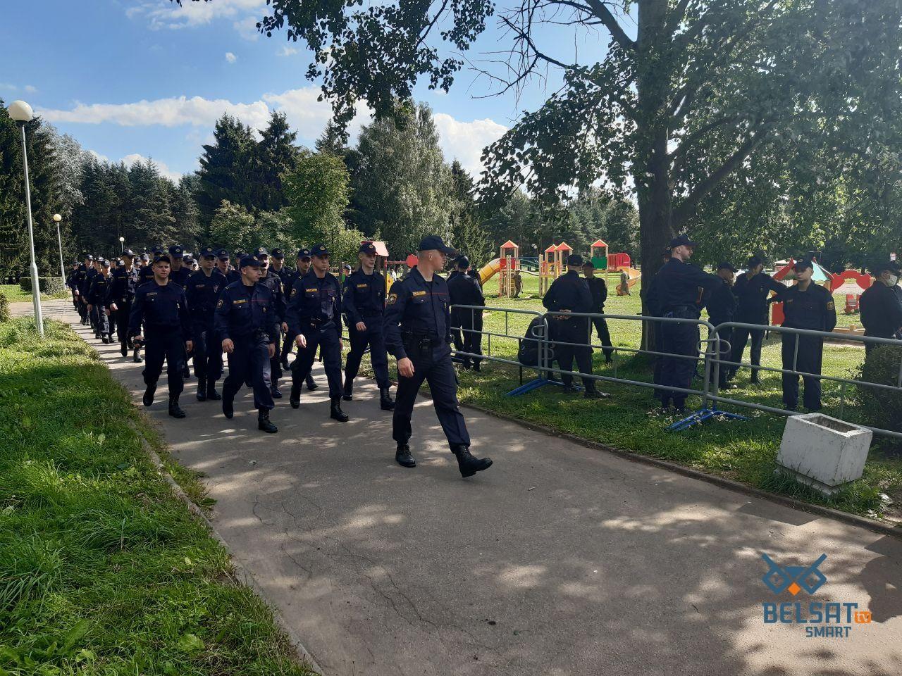 Протести у Білорусі: у Мінську більше 30 тис. людей вийшли на вулиці