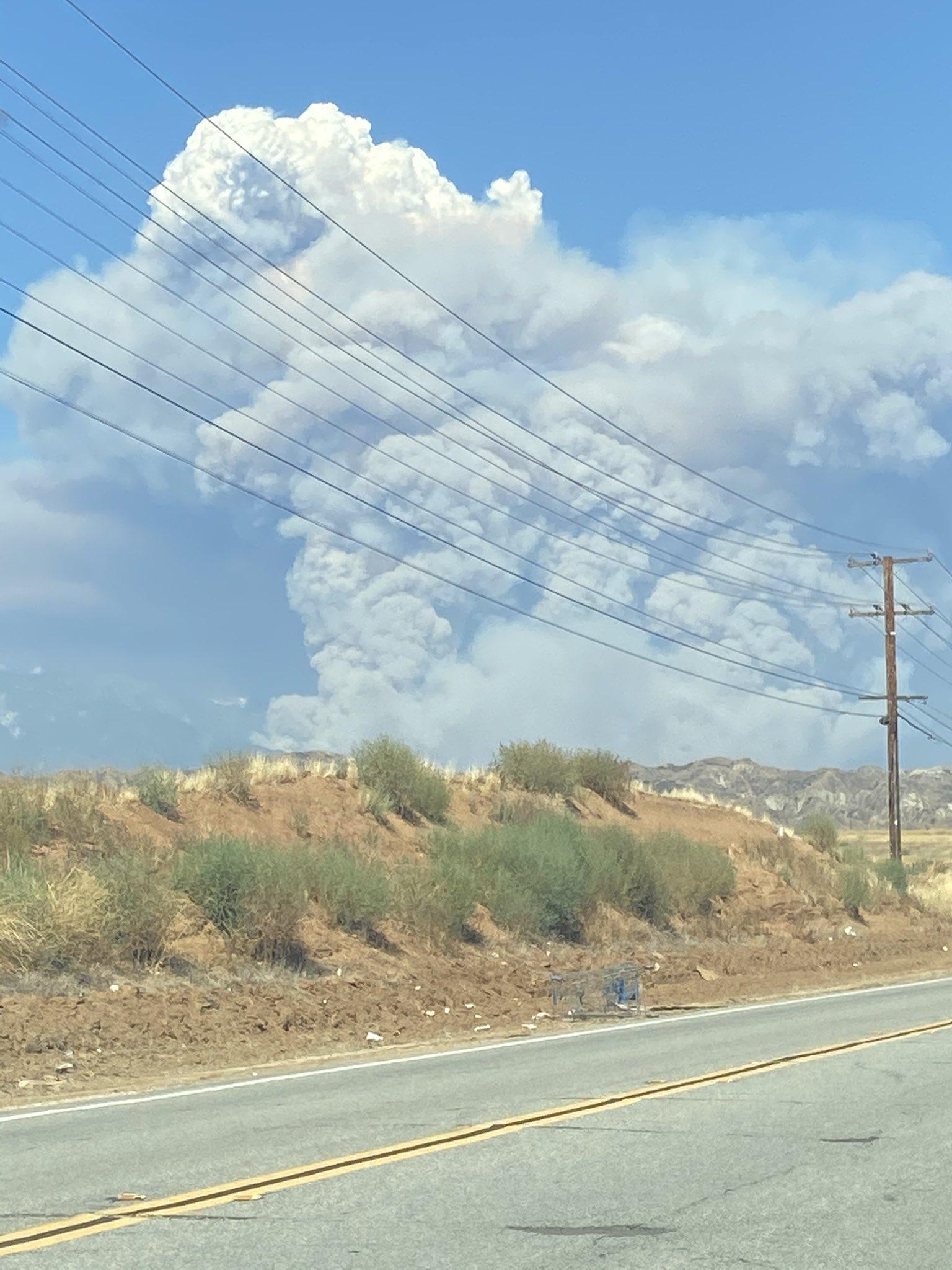 Пожежа у Каліфорнії: евакуювали 7,8 тис. мешканців міста